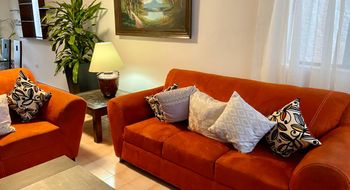 NEX-28689 - Casa en Renta en Supermanzana 38, CP 77507, Quintana Roo, con 3 recamaras, con 2 baños, con 1 medio baño, con 120 m2 de construcción.