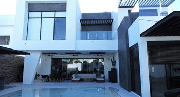 NEX-32707 - Casa en Venta en Cancún Centro, CP 77500, Quintana Roo, con 3 recamaras, con 2 baños, con 666 m2 de construcción.