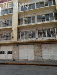 NEX-33197 - Edificio en Venta, con 28 recamaras, con 4 baños, con 25 medio baños, con 1090 m2 de construcción en Cosamaloapan de Carpio Centro, CP 95400, Veracruz de Ignacio de la Llave.