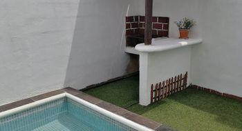 NEX-33676 - Casa en Venta en Supermanzana 504, CP 77533, Quintana Roo, con 2 recamaras, con 1 baño, con 1 medio baño, con 90 m2 de construcción.
