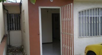 NEX-33731 - Casa en Venta en Supermanzana 327, CP 77535, Quintana Roo, con 3 recamaras, con 2 baños, con 70 m2 de construcción.