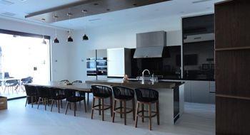 NEX-34595 - Casa en Venta en Alfredo V Bonfil, CP 77560, Quintana Roo, con 3 recamaras, con 3 baños, con 2 medio baños, con 666 m2 de construcción.