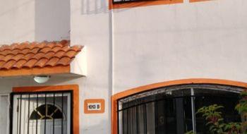 NEX-35088 - Casa en Renta en Supermanzana 520, CP 77536, Quintana Roo, con 3 recamaras, con 2 baños, con 1 medio baño, con 500 m2 de construcción.