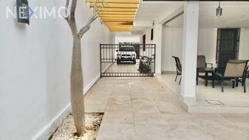 NEX-38829 - Casa en Venta, con 3 recamaras, con 3 baños, con 200 m2 de construcción en Álamos I, CP 77533, Quintana Roo.