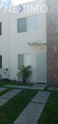 NEX-43762 - Casa en Renta, con 2 recamaras, con 1 baño, con 1 medio baño, con 90 m2 de construcción en Jardines del Sur, CP 77536, Quintana Roo.