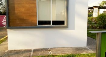 NEX-22204 - Casa en Venta en Paseo de las Palmas II, CP 91697, Veracruz de Ignacio de la Llave, con 2 recamaras, con 1 baño, con 49 m2 de construcción.