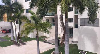 NEX-16094 - Departamento en Renta en Cancún Centro, CP 77500, Quintana Roo, con 3 recamaras, con 2 baños, con 1 medio baño, con 90 m2 de construcción.