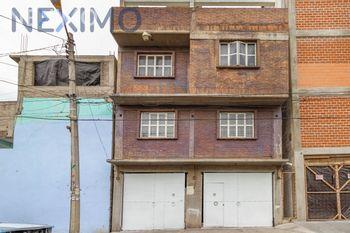 NEX-34355 - Casa en Venta, con 4 recamaras, con 3 baños, con 1 medio baño, con 320 m2 de construcción en Campestre Guadalupana, CP 57120, México.