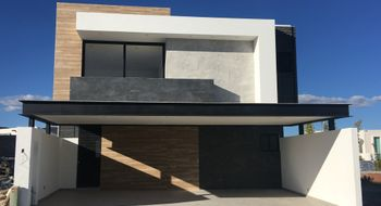 NEX-13358 - Casa en Venta en Cumbres del Lago, CP 76230, Querétaro, con 3 recamaras, con 4 baños, con 363 m2 de construcción.