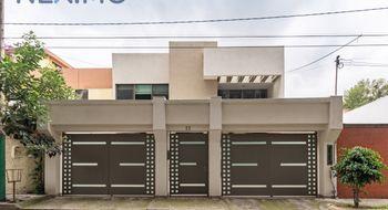 NEX-30753 - Casa en Venta en Colón Echegaray, CP 53300, México, con 4 recamaras, con 3 baños, con 1 medio baño, con 320 m2 de construcción.