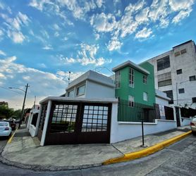 NEX-36220 - Departamento en Renta en Ciudad Satélite, CP 53100, México, con 3 recamaras, con 2 baños, con 122 m2 de construcción.