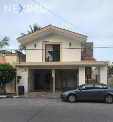 NEX-21396 - Casa en Venta, con 3 recamaras, con 2 baños, con 300 m2 de construcción en Ampliación Unidad Nacional, CP 89510, Tamaulipas.