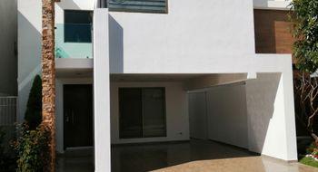 NEX-34121 - Casa en Venta en Lomas de Angelópolis, CP 72830, Puebla, con 4 recamaras, con 3 baños, con 1 medio baño, con 197 m2 de construcción.