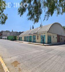 NEX-43998 - Bodega en Renta, con 4 recamaras, con 5 baños, con 5 medio baños, con 660 m2 de construcción en San Martín Azcatepec, CP 55748, México.