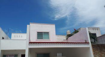 NEX-18592 - Casa en Renta en La Toscana, CP 77725, Quintana Roo, con 3 recamaras, con 2 baños, con 120 m2 de construcción.