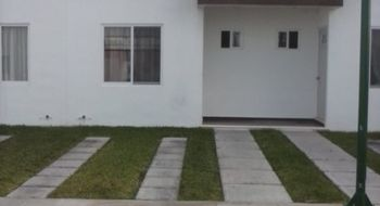 NEX-18727 - Casa en Venta en Cancún Centro, CP 77500, Quintana Roo, con 2 recamaras, con 2 baños, con 1 medio baño, con 70 m2 de construcción.
