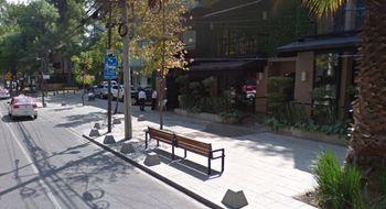 NEX-13439 - Local en Renta en Polanco IV Sección, CP 11550, Ciudad de México, con 2 medio baños, con 110 m2 de construcción.
