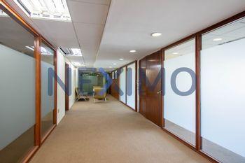 NEX-15058 - Oficina en Renta en Bosque de las Lomas, CP 11700, Ciudad de México, con 224 m2 de construcción.