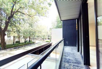 NEX-46434 - Departamento en Renta, con 3 recamaras, con 3 baños, con 1 medio baño, con 198 m2 de construcción en Polanco II Sección, CP 11530, Ciudad de México.