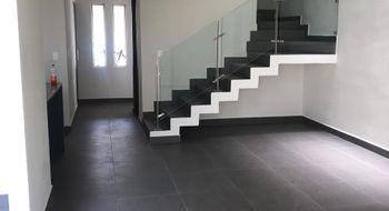 NEX-15172 - Casa en Renta en Del Parque Residencial, CP 76246, Querétaro, con 3 recamaras, con 2 baños, con 2 medio baños, con 1 m2 de construcción.