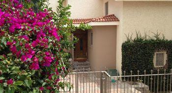 NEX-16219 - Casa en Venta en Loma Dorada, CP 76060, Querétaro, con 3 recamaras, con 3 baños, con 355 m2 de construcción.