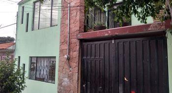 NEX-16233 - Casa en Venta en Casa Blanca, CP 76116, Querétaro, con 8 recamaras, con 3 baños, con 1 medio baño, con 245 m2 de construcción.