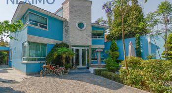 NEX-19646 - Casa en Venta en Acozac, CP 56537, México, con 4 recamaras, con 5 baños, con 397 m2 de construcción.