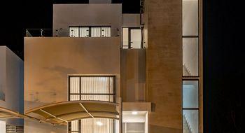 NEX-30018 - Casa en Venta en Lolkaatun, CP 77727, Quintana Roo, con 3 recamaras, con 2 baños, con 1 medio baño, con 159 m2 de construcción.