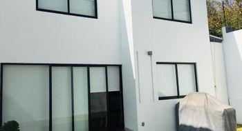 NEX-30667 - Casa en Renta en General José Vicente Villada, CP 57710, México, con 3 recamaras, con 3 baños, con 1 medio baño, con 190 m2 de construcción.