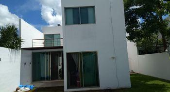 NEX-14754 - Casa en Renta en Cholul, CP 97305, Yucatán, con 3 recamaras, con 3 baños, con 1 medio baño, con 220 m2 de construcción.