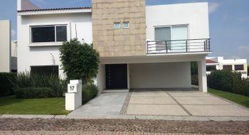 NEX-13769 - Casa en Venta en El Campanario, CP 76146, Querétaro, con 4 recamaras, con 4 baños, con 420 m2 de construcción.