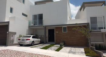 NEX-15593 - Casa en Venta en Zibatá, CP 76269, Querétaro, con 3 recamaras, con 4 baños, con 2 medio baños, con 300 m2 de construcción.