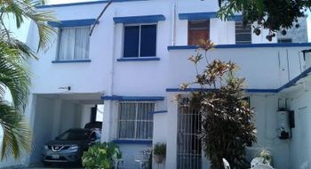 NEX-14619 - Casa en Venta en Ignacio Zaragoza, CP 91910, Veracruz de Ignacio de la Llave, con 3 recamaras, con 2 baños, con 2 medio baños, con 130 m2 de construcción.