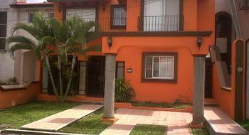 NEX-31156 - Casa en Venta en Los Tulipanes, CP 30797, Chiapas, con 4 recamaras, con 5 baños, con 190 m2 de construcción.