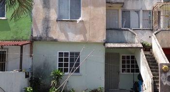 NEX-31457 - Casa en Venta en Puente Moreno, CP 94274, Veracruz de Ignacio de la Llave, con 2 recamaras, con 1 baño, con 50 m2 de construcción.