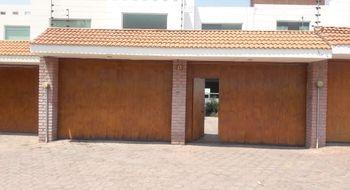 NEX-24031 - Casa en Renta en Santa María Ixtulco, CP 90105, Tlaxcala, con 3 recamaras, con 3 baños, con 1 medio baño, con 300 m2 de construcción.