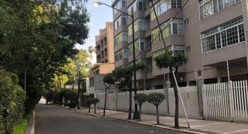NEX-15170 - Departamento en Venta en Churubusco Country Club, CP 04210, Ciudad de México, con 2 recamaras, con 2 baños, con 1 medio baño, con 220 m2 de construcción.