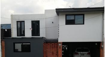 NEX-15659 - Casa en Venta en Lomas del Huizachal, CP 53840, México, con 3 recamaras, con 2 baños, con 1 medio baño, con 268 m2 de construcción.