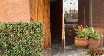 NEX-34649 - Casa en Venta en Miguel Hidalgo 3A Sección, CP 14250, Ciudad de México, con 4 recamaras, con 3 baños, con 1 medio baño, con 386 m2 de construcción.