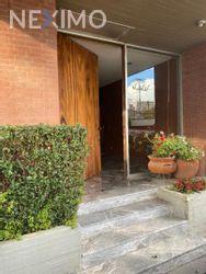 NEX-34649 - Casa en Venta, con 4 recamaras, con 3 baños, con 1 medio baño, con 386 m2 de construcción en Miguel Hidalgo 3A Sección, CP 14250, Ciudad de México.