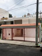 NEX-35297 - Casa en Renta en Ex Hacienda Coapa, CP 14308, Ciudad de México, con 4 recamaras, con 4 baños, con 243 m2 de construcción.