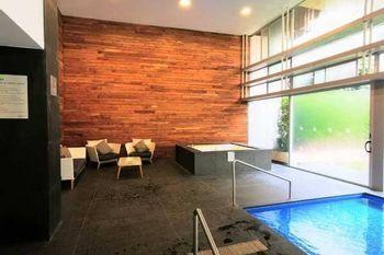 NEX-39322 - Departamento en Renta en Santa Úrsula Coapa, CP 04650, Ciudad de México, con 3 recamaras, con 3 baños, con 118 m2 de construcción.