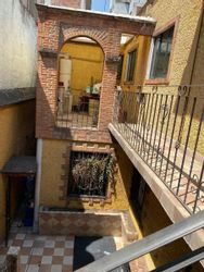 NEX-40962 - Casa en Venta en Morelos, CP 06200, Ciudad de México, con 4 recamaras, con 3 baños, con 303 m2 de construcción.