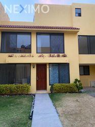NEX-42006 - Casa en Renta en Haciendas de Coyoacán, CP 04970, Ciudad de México, con 4 recamaras, con 3 baños, con 180 m2 de construcción.