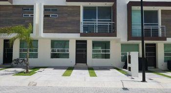 NEX-15280 - Casa en Renta en Residencial el Refugio, CP 76146, Querétaro, con 3 recamaras, con 2 baños, con 145 m2 de construcción.