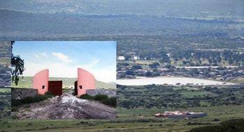 NEX-21817 - Terreno en Venta en Ejido Colón Fracción del Moral, CP 76286, Querétaro, con 4 recamaras, con 4 baños, con 1 medio baño, con 1459 m2 de construcción.