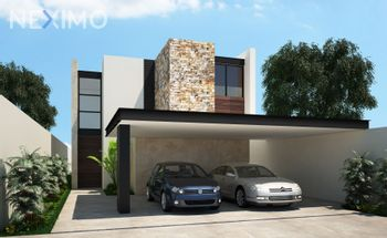 NEX-15536 - Terreno en Venta, con 3 recamaras, con 4 baños, con 1 medio baño, con 380 m2 de construcción en Cholul, CP 97305, Yucatán.