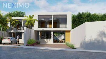 NEX-15603 - Casa en Venta, con 3 recamaras, con 3 baños, con 1 medio baño, con 150 m2 de construcción en Chichi Suárez, CP 97306, Yucatán.