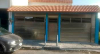NEX-19047 - Casa en Venta en Floresta, CP 91940, Veracruz de Ignacio de la Llave, con 3 recamaras, con 2 baños, con 1 medio baño, con 170 m2 de construcción.
