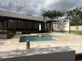 NEX-22437 - Casa en Venta, con 3 recamaras, con 4 baños, con 1 medio baño, con 280 m2 de construcción en Temozon Norte, CP 97302, Yucatán.